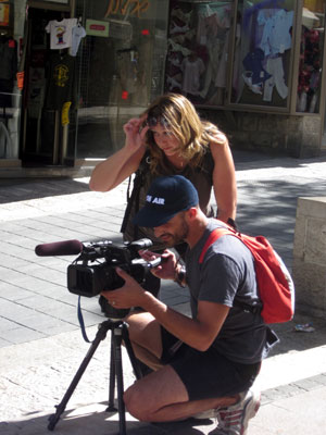 Liz & cameraman Roy Gluska  shooting in Jerusalem